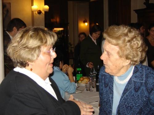 pranzo comunitario: Maria Bonafede e Carla Zavaritt