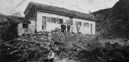 """Rufgio """"Curò"""" al Barbellino, eretto nel 1896"""